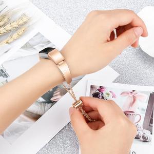 Image 5 - Durable Mode Uhr Band Edelstahl Ersatz Handgelenk Bands Straps Frauen Armband Zubehör Für Fitbit Alta HR/Fitbit
