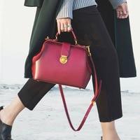 2018 Spring New Clutch Handbag Fashion All match Top Grade Lock Retro Color Doctor Bag S Leather Women's Shoulder Lady Bag