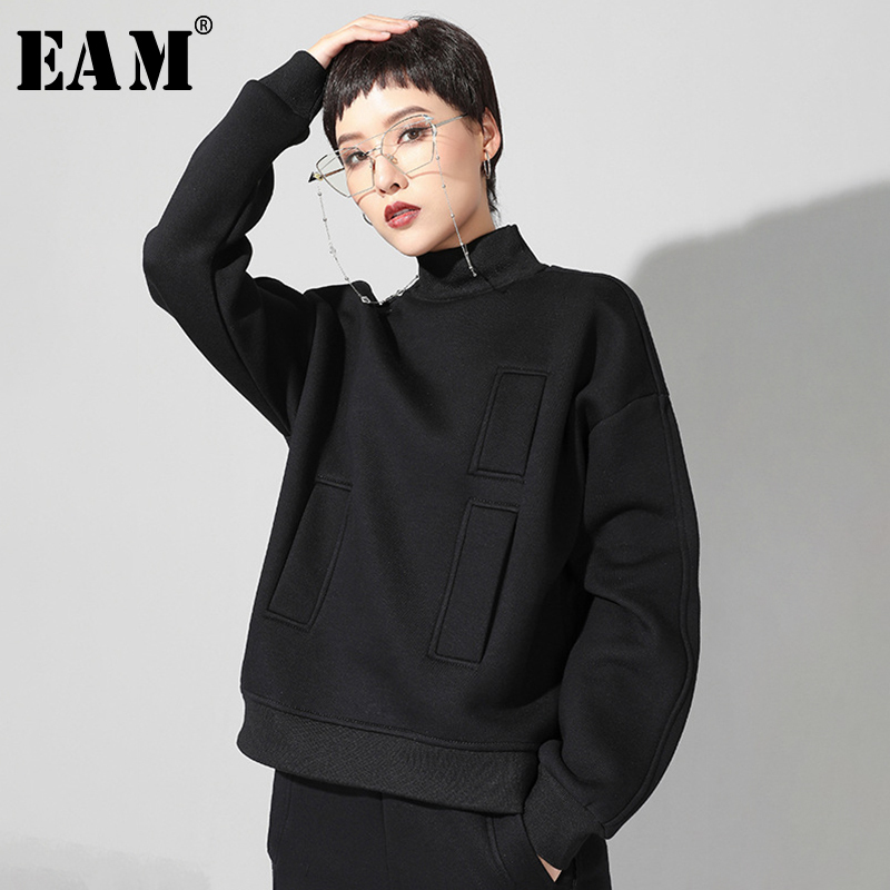 [EAM] 2020 New Spring Autumn High Collar Long Sleeve Black Loose Pocket Stitch Big Size Sweatshirt Women Fashion Tide JQ019