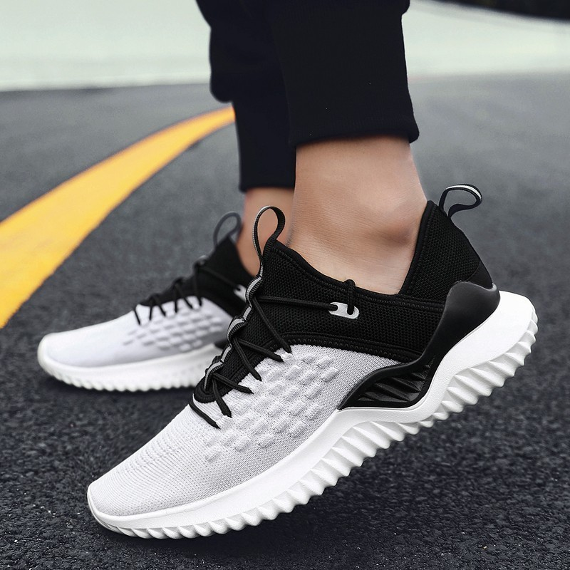 2019 New Breathable Mesh Lightweight Running Shoes For Man Jogging Walking Sports Athletic Big Size 39-46 Outdoors Man Sneakers