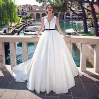 Винтажное ТРАПЕЦИЕВИДНОЕ атласное свадебное платье с v образным вырезом, свадебное платье с коротким шлейфом, свадебные платья с поясом,