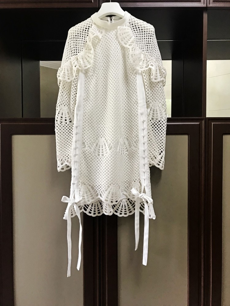 À Blanc Bas Portrait Robe Piste Découpe Manches Femmes Élégante Longues Mode Haut 2019 Auto De Crotchet Chic Droite gqwzqA4