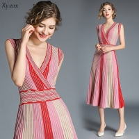 2018 Summer New Fashion Women Striped Knitted Dress Gradient Color High Waist Sexy V neck Sleeveless Chic Dresses Haute Couture