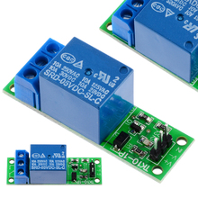 цена на New 5V Voltage Latch Relay Module Flip-Flop Bistable Self-locking Low Pulse Trigger Switch Board Electrical Equipment