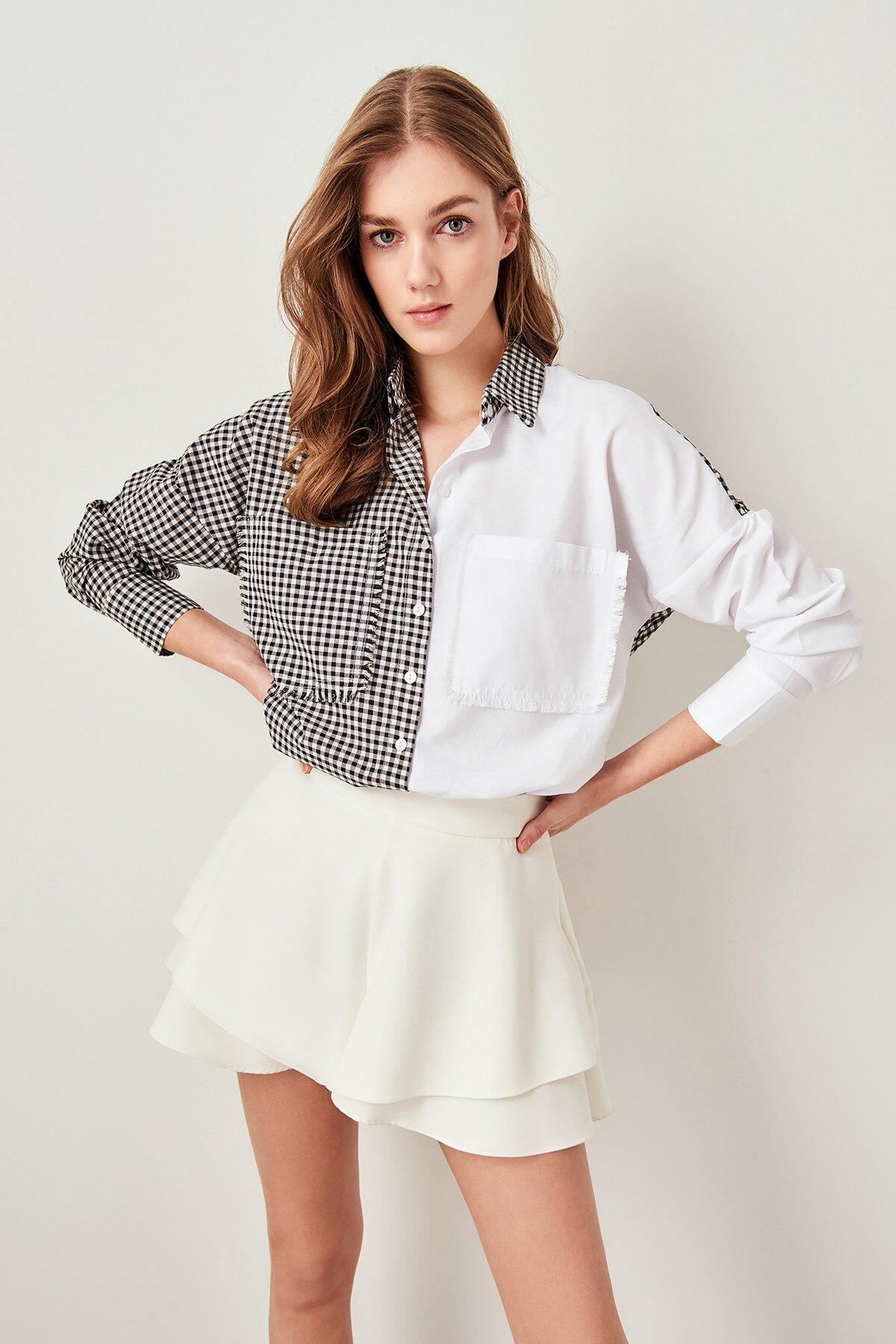 Trendyol White Checkered Shirt TWOSS19AP0123