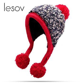 a392a3758b6b Lesov вязаная шапка бини для женщин сгущает плюшевые зимняя шапка теплые  Earflap Pom ...