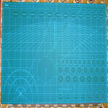 PVC A1 Cutting Mat 60*90cm Multipurpose Self Healing Quilting Double-Sided 5-Ply Durable Non-slip anti-static eye protection