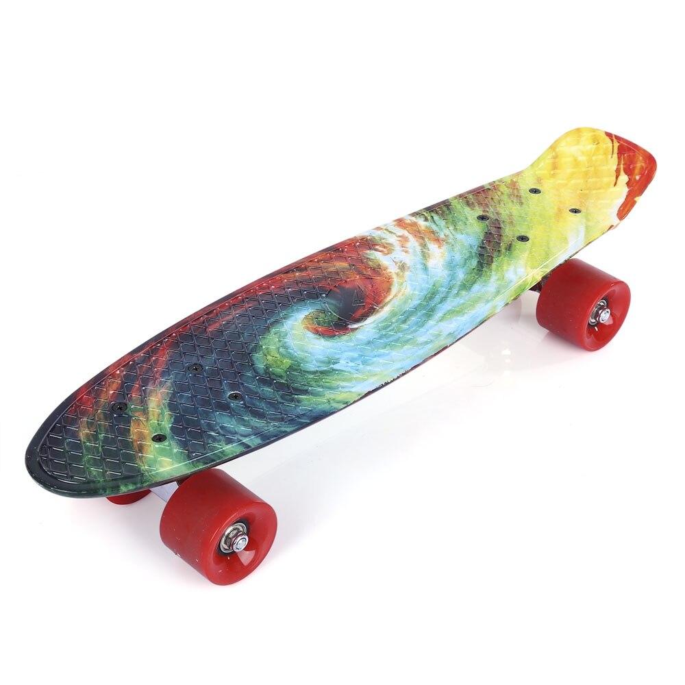 Quatre roues 22 pouces Mini Cruiser Skateboard rue longue planche à roulettes Sports de plein air PP dérive planche plate-forme pour adultes enfants