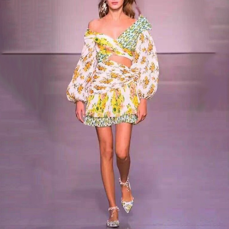 TWOTWINSTYLE fuera del hombro ahueca hacia fuera los vestidos de las mujeres de la manga de la linterna de los colores de la impresión Mini vestido femenino moda Otoño 2019-in Vestidos from Ropa de mujer    2