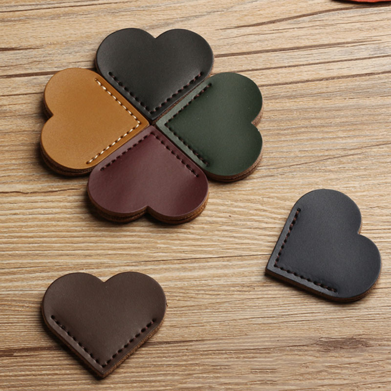 1PC Cute Heart-shaped Bookmark Creative Soft PU Leather Book Mark For Kids Girls Gift Office School Supplies Korean Stationery