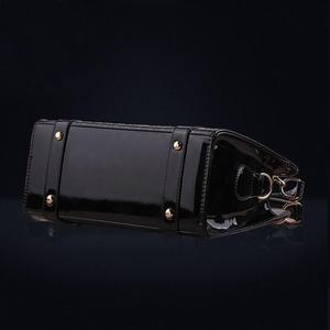 Image 5 - Bolso de lujo a la moda para mujer, bolsos de hombro de lujo de diseño Vintage para mujer, bolsos con asa superior, bolso de marca a la moda