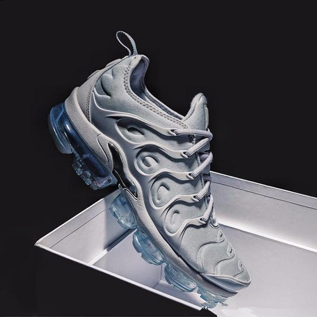 best service d3ed4 1fcdf US $45.72 10% OFF|2018 New Air Vapormax Plus Tn Plus Olive In Metallic  White Silver Colorways Shoes Men Shoes For Running Pack Mens Shoes-in  Running ...