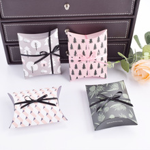 10pcs/lot New Colorful Pillow Box Ribbon Bow Present Carton Pouch Kraft Paper box Wedding Favors Gift Boxes Party Supply