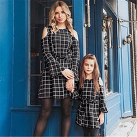 Mom And Daughter matching 2019 New Mama And Daughter Dress Mother Girl Long Sleeve Dress Off Shoulder Moeder En Dochter Kleding