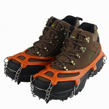 Baja Mangan Non Slip Paku Cleat Outdoor Musim Dingin Mendaki Crampon Sepatu Salju Hiking Es Gripper(China)