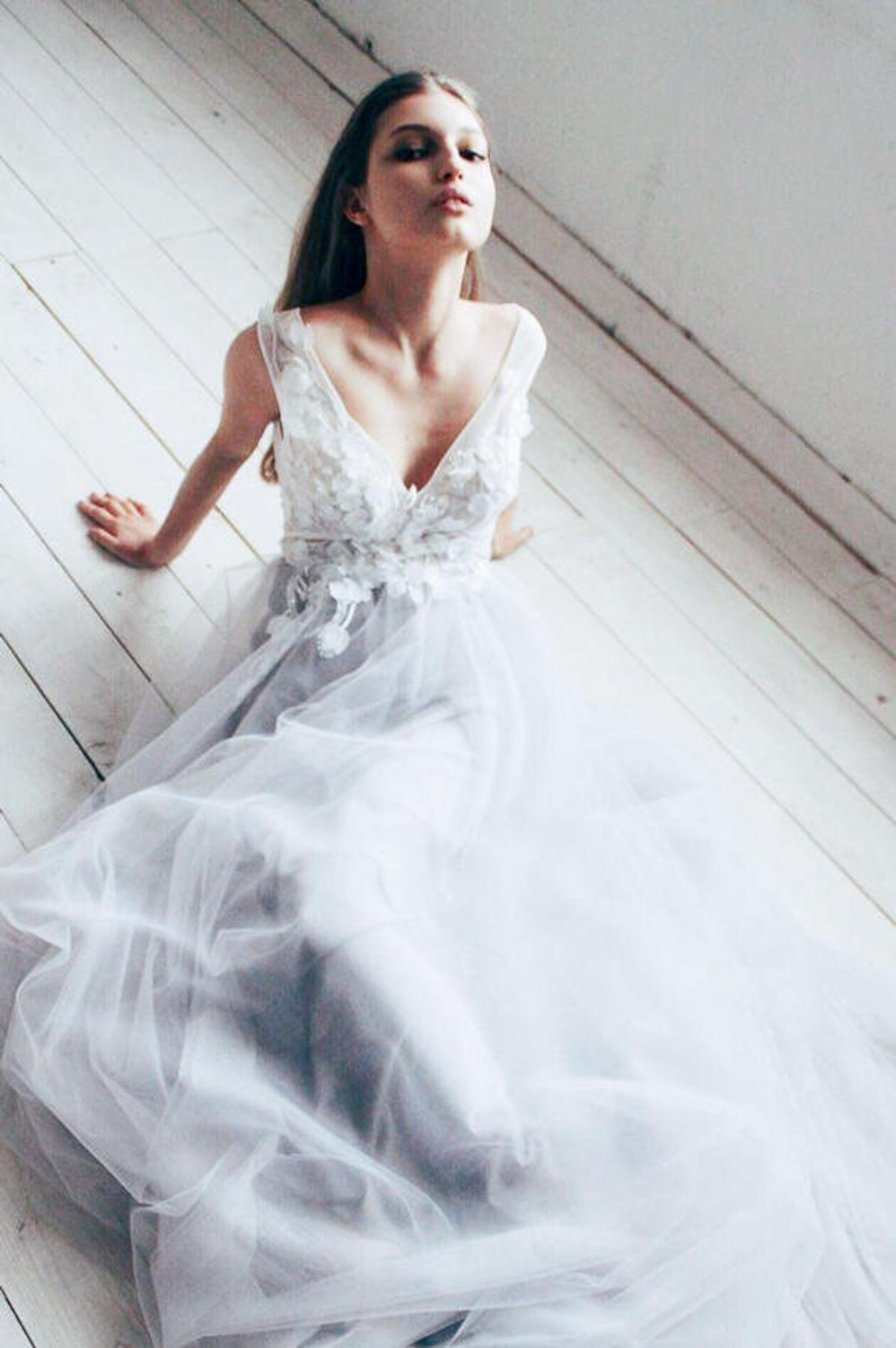 Image 5 - Dusty Blue Floral Wedding Dress With Tulle Skirt V neck Bridal Gown Boho Bohemian Lorie Wedding Gowns Romantic Sleeveless Dress-in Wedding Dresses from Weddings & Events