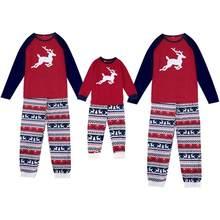 9be8f6e513 Navidad familia juego conjunto de pijamas de los hombres de las mujeres  chico bebé rojo impresión ropa de dormir ropa padre-hijo.
