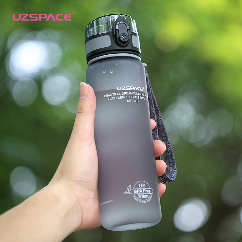 500ml/1L Plastic Water Bottles Sport Scrub Leak Proof Drinking My Bottle Fashion Drinkware Tour Bottles for Lovers Fruit Infuser(China)