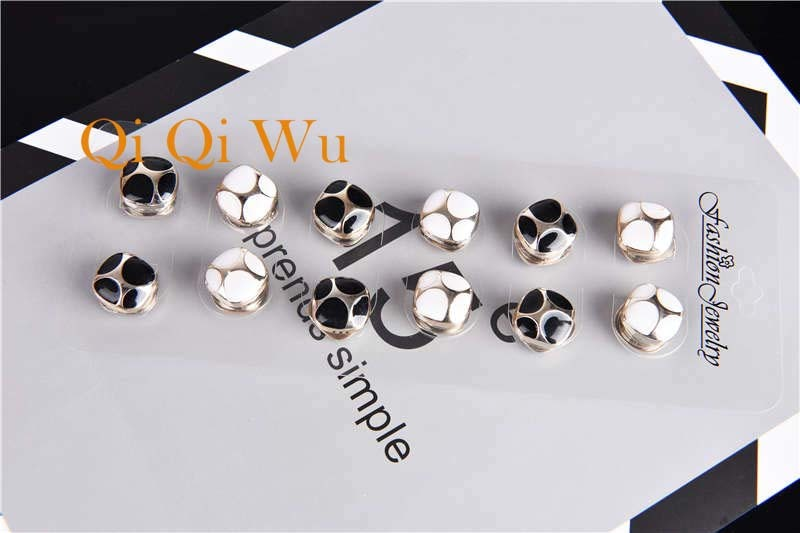 MLXZ Women Girls Sewing Machine Brooch Black Enamel Brooches Jewelry Hijab Pin For Collar Suit Scarf Decoration Accessories