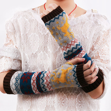 цена на 1 Pair Women Mittens Wrist Warmer Winter Long Fingerless Gloves Quality Women's Knitted Deer Half Finger Long Gloves