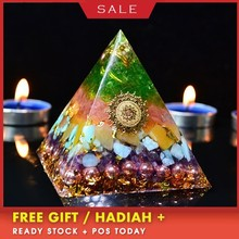 Orgonite Ariel Aura Crystal Pyramid Anahata Chakra Transparent Pyramid Jewelry Resin Decorative Craft Jewelry