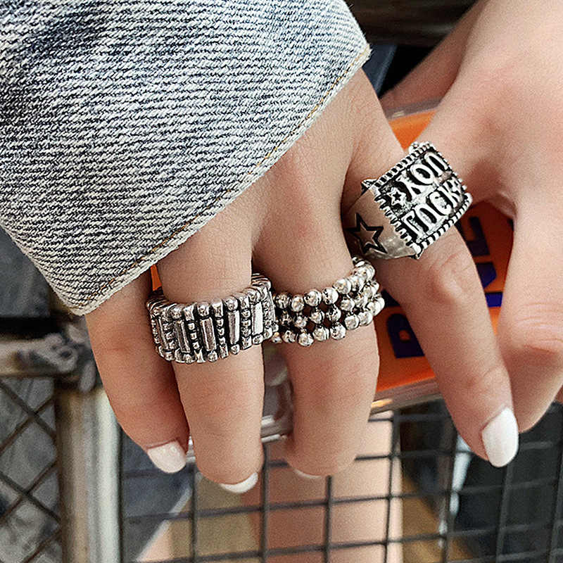 2019 hot Korean version of the retro style metal ring female personality decorative elastic silver beads index finger ring