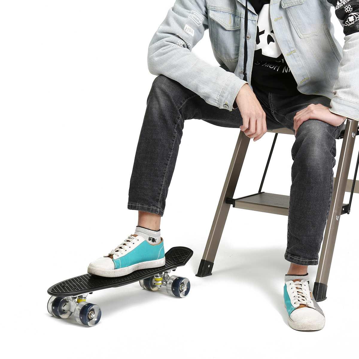 22 pouces Mini planche à roulettes en plastique planche à roulettes roue en polyuréthane avec LED lumières Cruiser complet Skateboard Sports enfants enfants cadeaux unisexe - 3