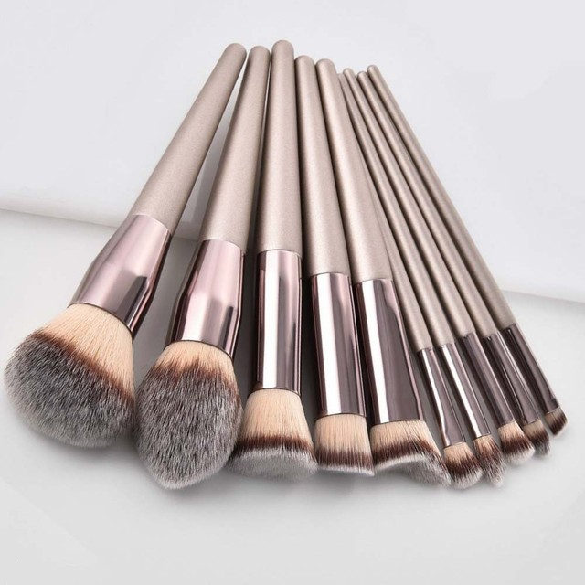 Kit de pinceaux de maquillage de luxe, couleur Champagne, pour poudre de fond de teint, fard à paupières, correcteur, lèvres et yeux, brosses pour produits cosmétiques, accessoires de beauté