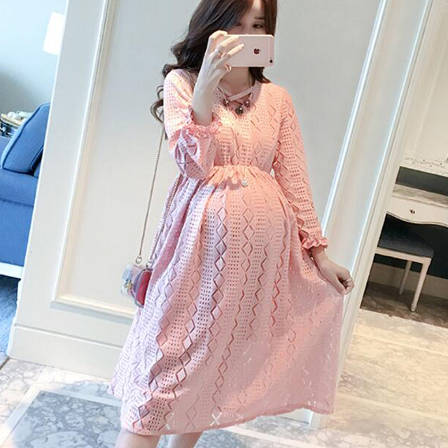 c85697bca9 Loose Dress Pink Cute Maternity Clothes Three Quarter Maternity Dresses  Fashion Pregnancy Clothes Lace Patchwork 2018 Casual New