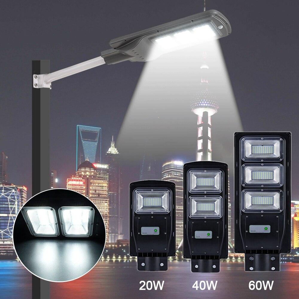 Lumière solaire de capteur de 20 W 40 W 60 W + réverbère de lampe extérieure murale à LED de contrôle de tige de montage pour la cour extérieure de jardin