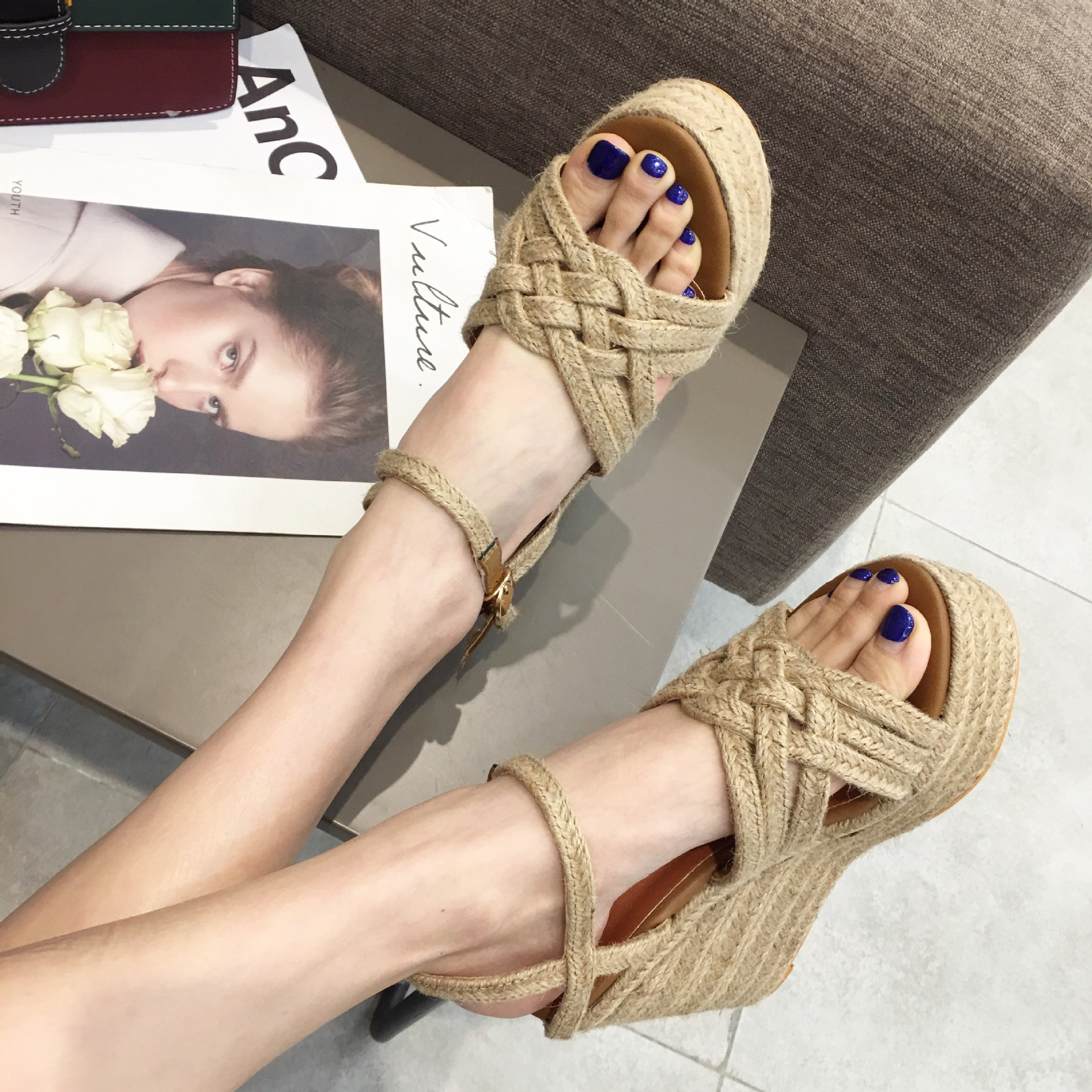 Carole Levy Up to date Rattan Grass Hand woven Woman Summer Shoes Beach Style High Platform Cozy Wedges Shoes Ethnic Sandals
