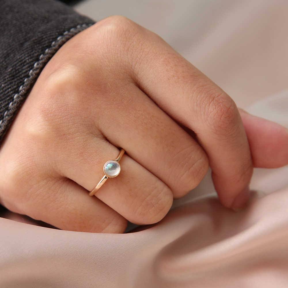 Simple Pearl Ring for Woman Golden Finger Rings Classic Engagement Ring Wedding Valentine's Day Gifts Anello donna Dropshipping