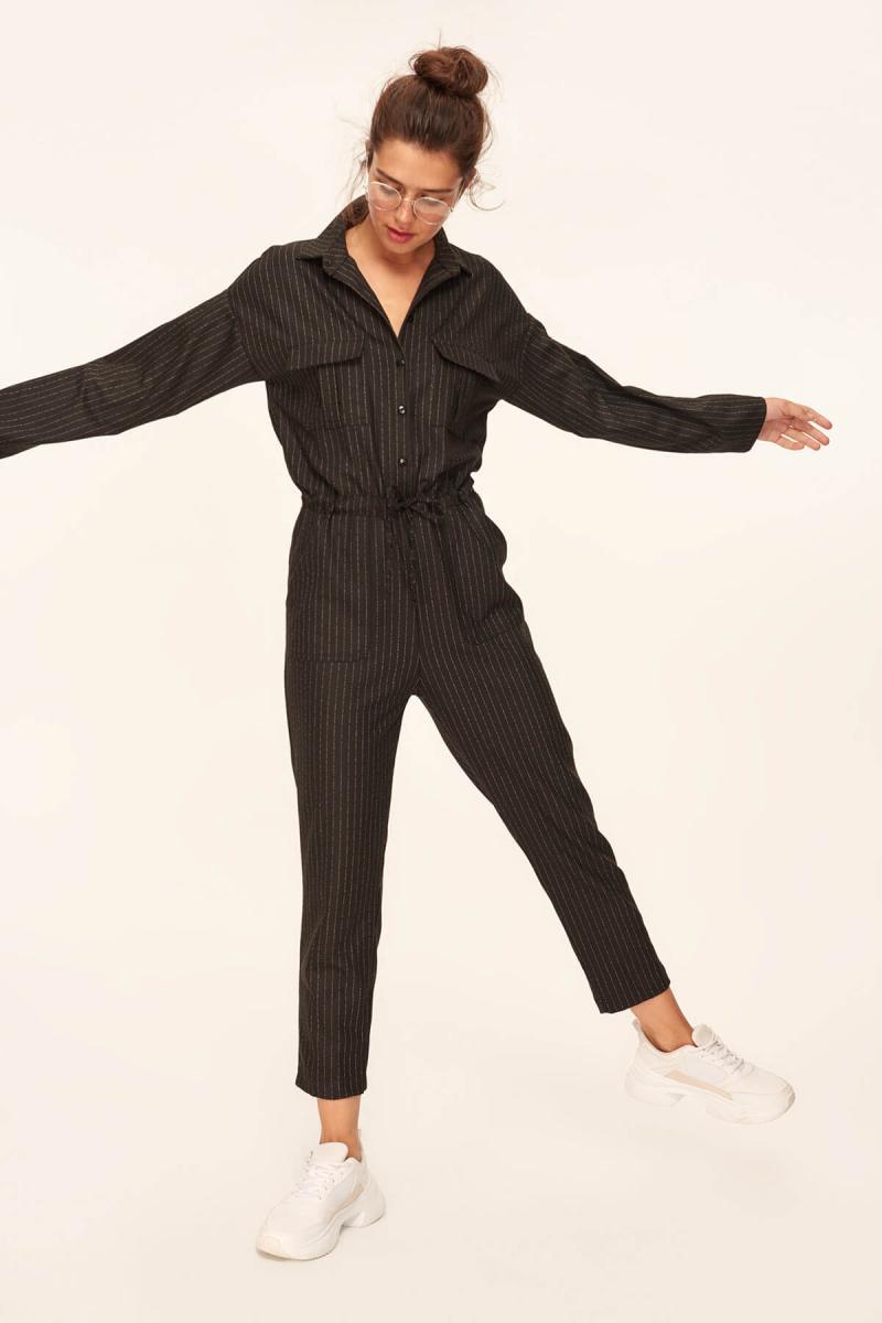 Trendyol Black Beli Büzgülü Jumpsuit TCLAW19AP0002
