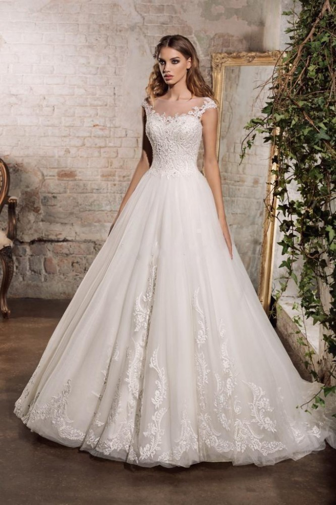 vivians bridal 2019 new lace appliques women wedding gown lovely illusion mesh back cut-out button elegant dress