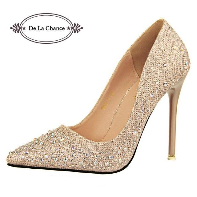 fbc58e2cd07 2019 Nova Moda Sexy Mulheres Sapatos de Casamento De Prata de Strass  Plataforma Bombas Parte Inferior Vermelha de Salto Alto Sapatos De Cristal  de ...