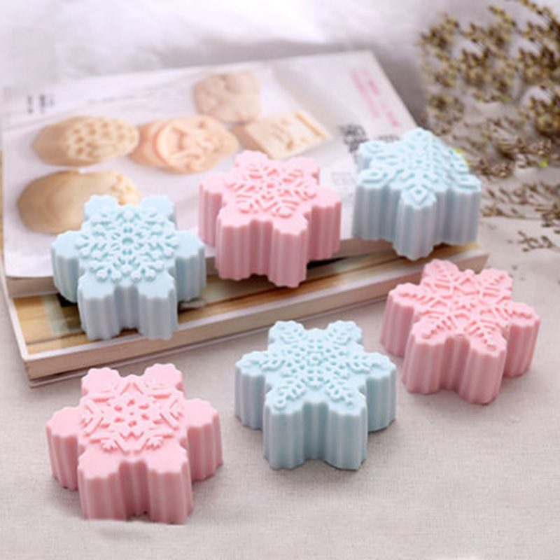 Snowflake Chocolate Molds Soap Silicone Ice Tray Cake Jelly Christmas Mould For Candy /jelly/soap/chocolate/cake Mold