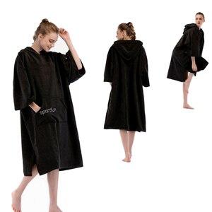 Image 2 - Kadın erkek mikrofiber Wetsuit değişen Robe panço Hood ile hızlı kuru yüzmek plaj havuz sörf havlu kompakt ve hafif bornoz