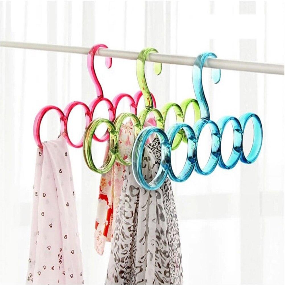Daliuing 5 Rings Plastic Coat Hanger Circle Shape Scarf Belt Tie Display Slots Holder Hole Design Bathrobe Organizer