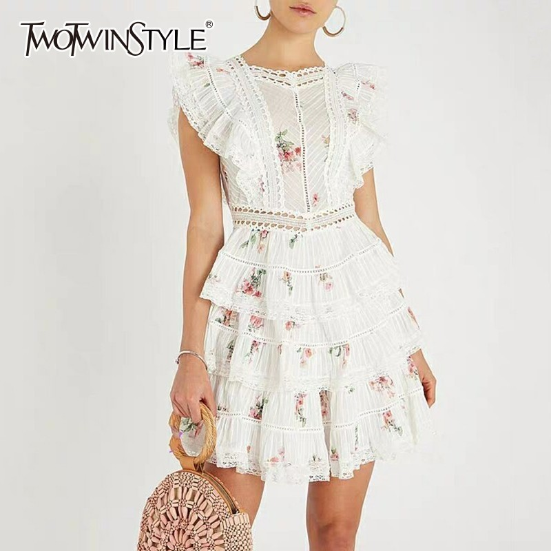 TWOTWINSTYLE 2019 Spring Sleeveless Dresses Women For High Waist Backless Lace Up Embroidery Dress Female Sweet
