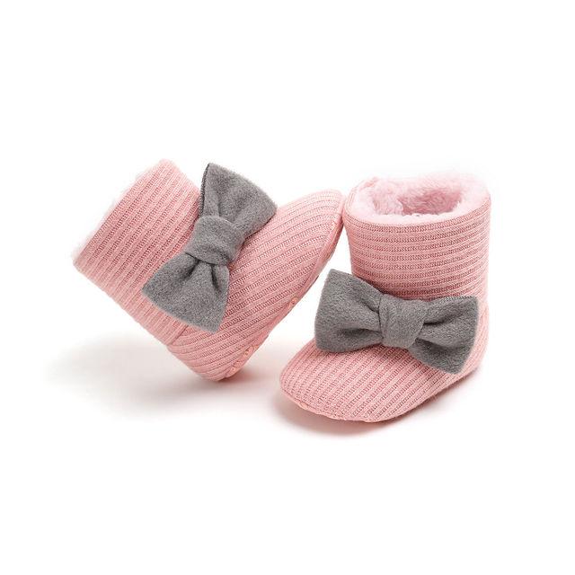 14a2399da Suave de bebé Arco-Nudo de botas de invierno zapatos de bebé de algodón  cálido. Sitúa el cursor encima para ...