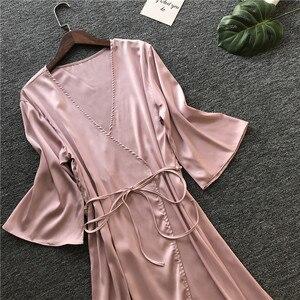Image 4 - 2019 sommer Sexy Hochzeit Dressing Kleid Frauen Satin Braut Robe Seide Kimono Halb Hülse Bademantel Sommer Brautjungfer Nachtwäsche