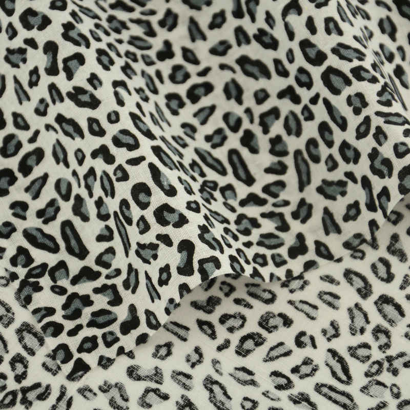 Home Decoration New Arrivals Leopard Design Fat Quarter 100% Cotton Fabric Tissue Doll Art Work Sewing Clothing Patchwork Crafts