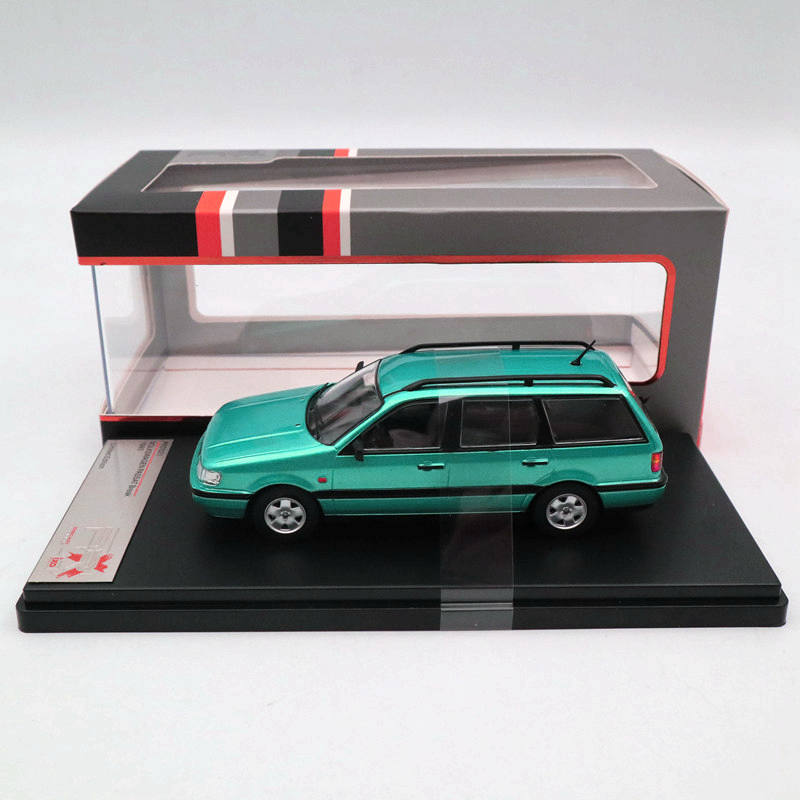 IXO Premium X 1:43 V~W PASSAT Break 1993 Metallic Light Green PRD521 Limited Edition CollectionIXO Premium X 1:43 V~W PASSAT Break 1993 Metallic Light Green PRD521 Limited Edition Collection