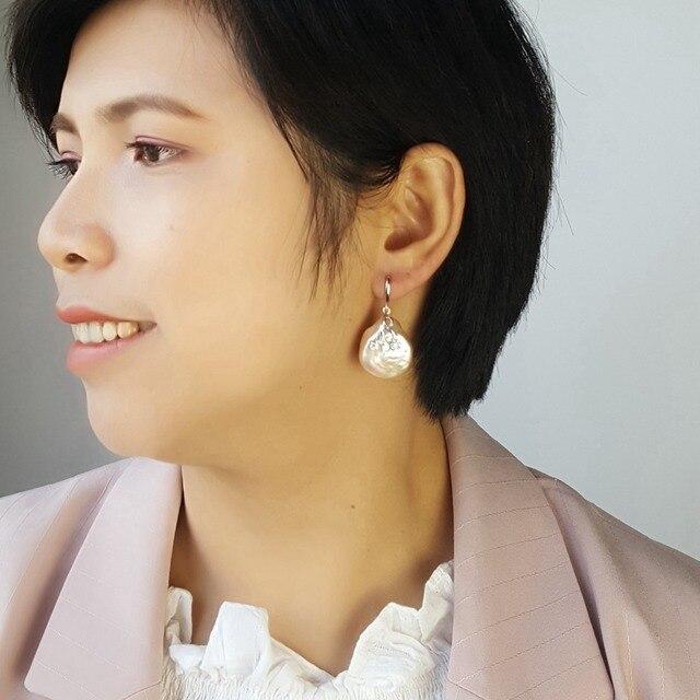 LiiJi ייחודי אמיתי לבן/ורוד מטבע צורת הבארוק פרל 20 21mm Drop עגילים לנשים זרוק משלוח