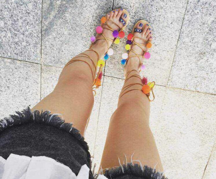 De Mélangées Couleurs Summer Dames Hot Femmes Plat Picture Bout Mode Sandales Ouvert Chaussures Style as 2018 As Bretelles Lacent Bohême Multi Pom Picture zwTq5w8