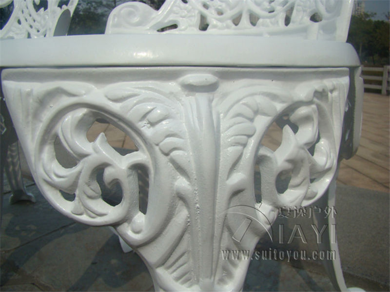 Clearance Sale¼CAST ALUMINIUM GARDEN FURNITURE SET ~~ TABLE AND 2 CHAIRS ~~ VICTORIAN STYLE