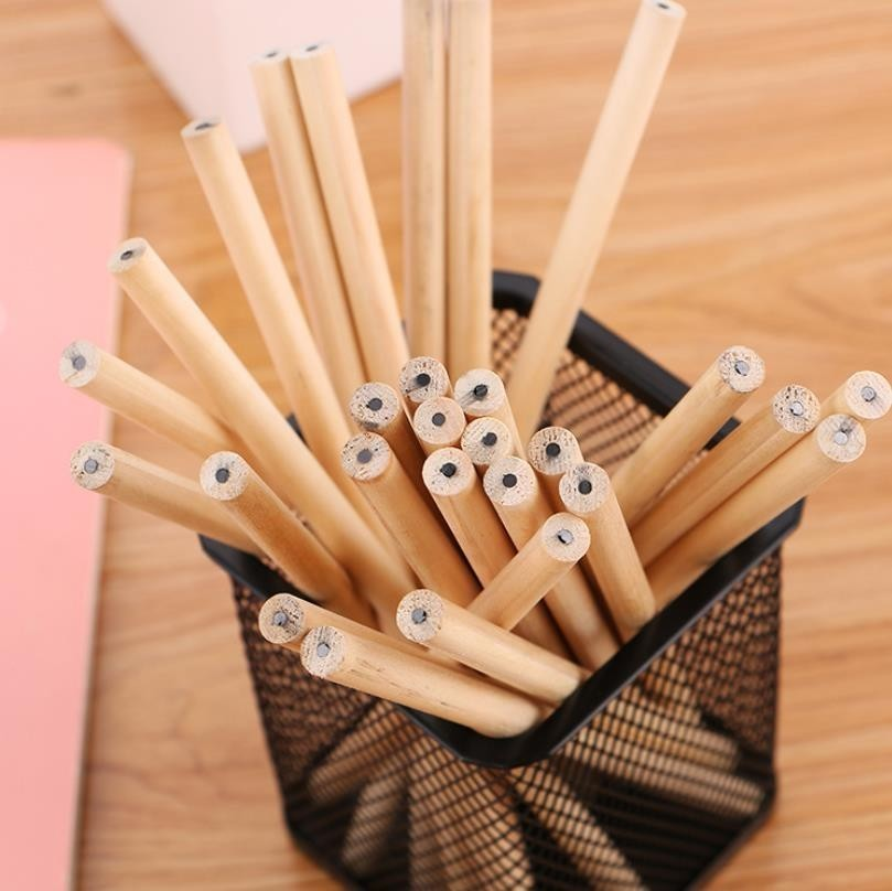 10pcs/ Lot Eco-friendly Natural Wood Pencil HB Blank Hexagonal Non-toxic Standard Pencil Cute Stationery Office School Supplies