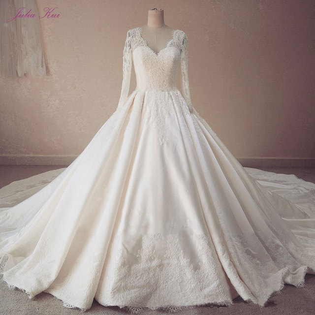 Real Photos Ball Gown Appliques Lace Wedding Dress V-Neck Bridal Gown Lustrous Satin Chapel Train Full Sleeves Bride Dresses