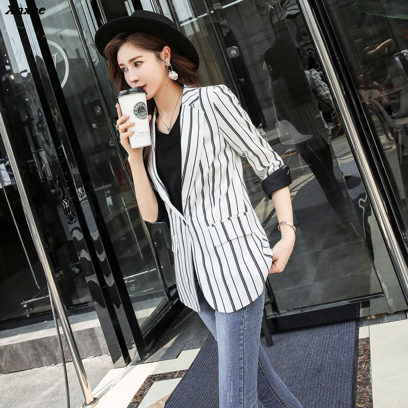Women Striped Blazer Autumn Female Work Jacket Vintage High Quality Fashion Office Lady Elegant Blazers Feminino Black White