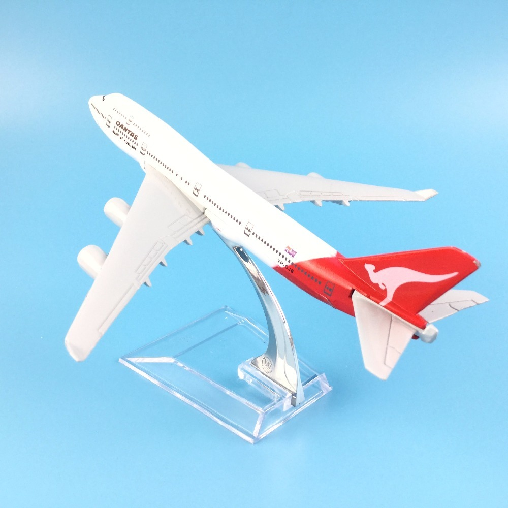 Aircraft Model Diecast Metal Model Airplanes 16cm 1:400 Qantas Boeing 747 Airplane Model Toy Plane